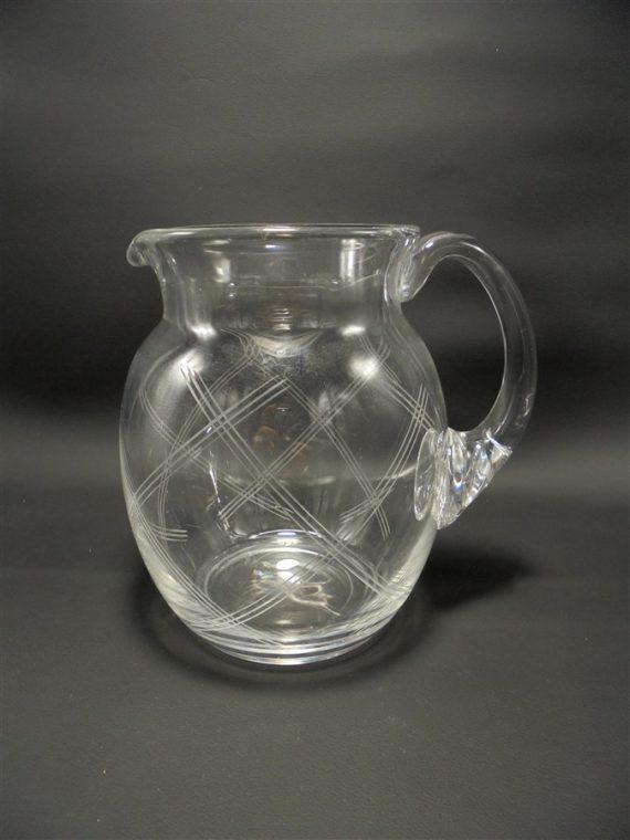 pichet pot a eau ancien verre cisele