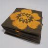 serviettes de table vintage marron avec decor floral brode orange